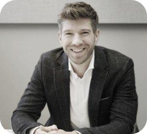<strong>Inhaber Bräuer Consulting<br>Kommunikation &<br>Zusammenarbeit</strong><br><br>Wirtschaftspsychologie M.Sc.<br>Betriebswirtschaftslehre B.A.
